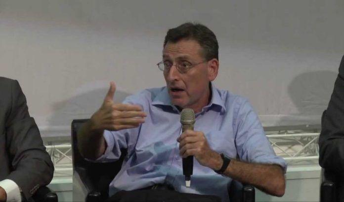 Efraim Karsh (Foto: Youtube/BESA)