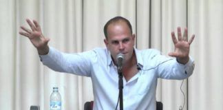 """Filosofen Micah Goodman er tilknyttet Shalom Hartman Institute i Jerusalem. Han har skrevet en række bøger. Catch 67 - udgivet i 2017 - blev en """"best seller"""" (skærm-print YouTube)"""