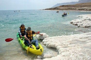 Udforskning af Det Døde Hav fra kayak (Dead Sea Revival Project - økoturisme )