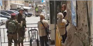 EAPPI aktivister i Hebron (foto: YouTube skærmbillede)